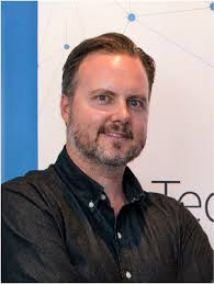 Tech Mpire boss Lee Hunter has stepped down as CEO.